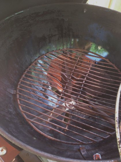 Power washing a charcoal grill - Grilling24x7