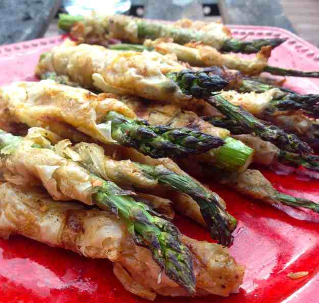 Grilled Phyllo Wrapped Seasoned Asparagus
