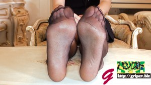 高身長172cm大学生のフェチ的個人撮影 パンスト脚責め&足裏くすぐり/大学生の美那ちゃん