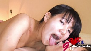 銀歯&親知らず!!口腔咀嚼視姦と唾吐き舐め奉仕/桐谷美羽