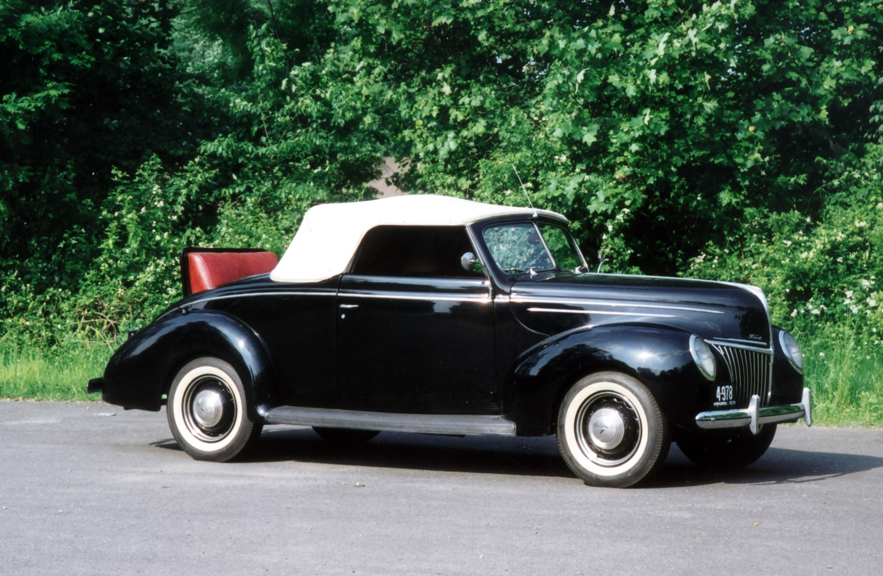 Coupe Ford 1939 Ford Deluxe 3 Passenger Convertible Coupe Classic Classics