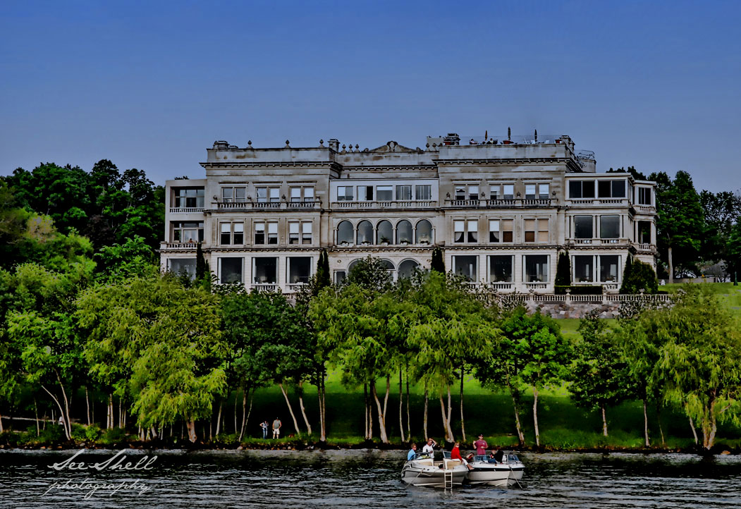 lake-geneva-mansions1