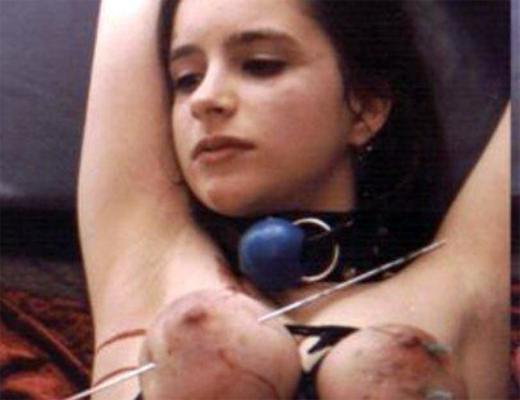 【閲覧注意】女性のおっぱい拷問してたんだけどこれちょっとヤバいかもしれない