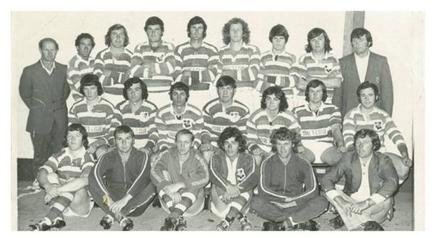Young Rugby League Reserve Grade, 1976 the victorious side played and defeated Harden Hawks 30-7 in the grand final at Weissel Oval. The team (pictured above) consisted of (back) K Tomlinson, Alby Arabin, John McGrath, Adrian Saines, Chris Slater, Mark Anderson, Alan Leahy, Geoff Hill, coach Max Gilbert, (second row) G King, Robert Smith, Garry Nicolls, Beau McMahon, Stephen Hughes, Mark Cullen, Michael Hobson, (front) John Rodwell, Geoff Burns, Terry Perrin, Brian Patterson, Wayne Collier and manager Greg Murray. — with Vince Vitnell.