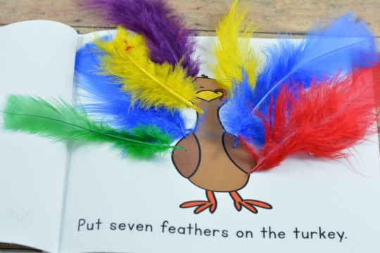 A Printable and Interactive Turkey Counting Book