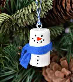 Small Of Snowman Christmas Tree