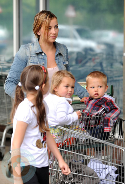 Joolz Baby One Charlotte Church Runs Errands With Ruby And Dexter