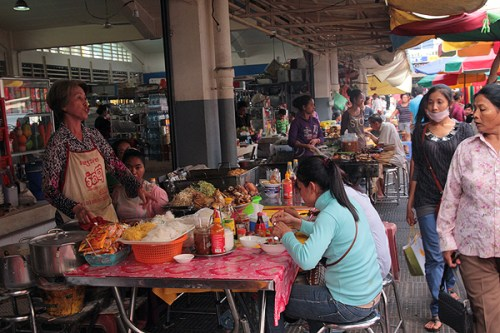central market food phnom penh