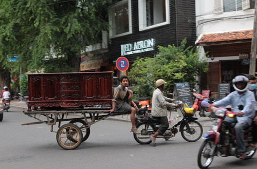 street 240 phnom penh