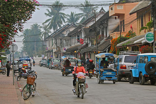 luang prabang main street, what to see and do in luang prabang, top attractions in luang prabang