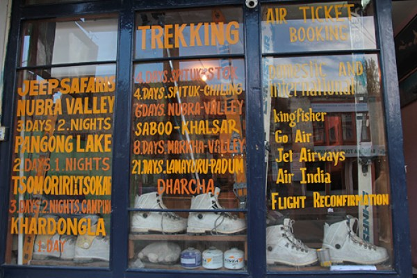 ladakh trekking tours, travel to ladakh, getting around in Ladakh