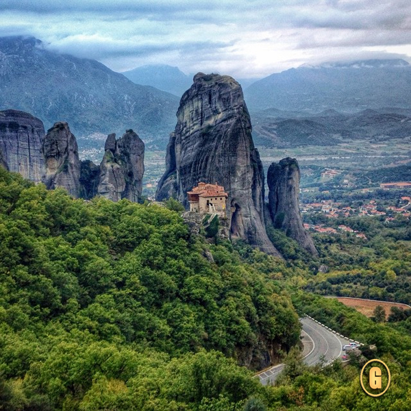 meteora instagrams, greece instagrams, meteora greece, meteora monasteries,, top 5 instagrams travel, travel inspirations