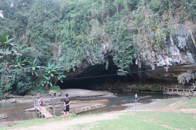 Tham Nam Lod Cave, caving in Thailand,