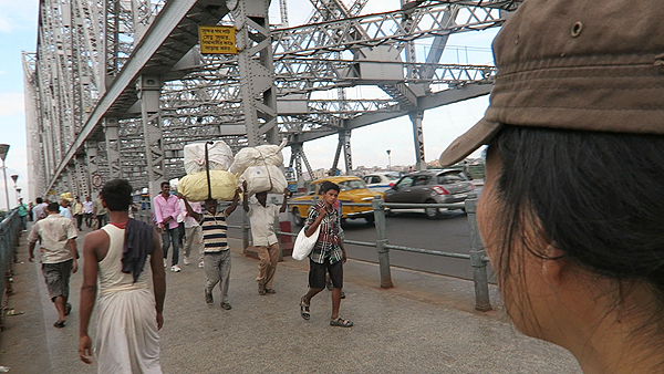 howrah bridge, top attractions of kolkata, things to do in kolkata, kolkata city highlights