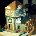 thumbs gingerbread houses 003