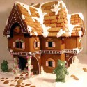 thumbs gingerbread houses 015
