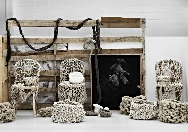 An oversize knitting