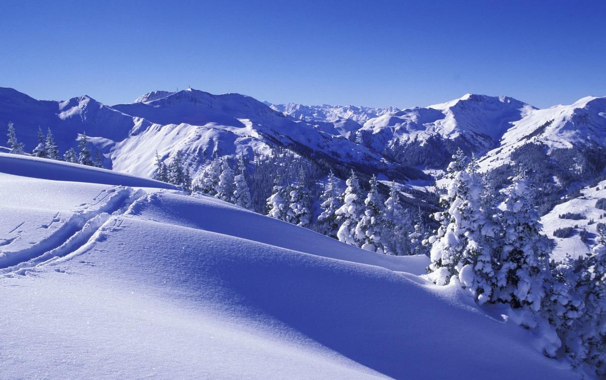 Luxury Car Pictures Wallpaper Saalbach Hinterglemm Ski Resort Review Gtspirit