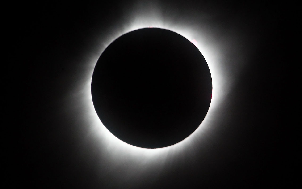 Sol A Clipser Total Solar Eclipse Mesmerizes America World The