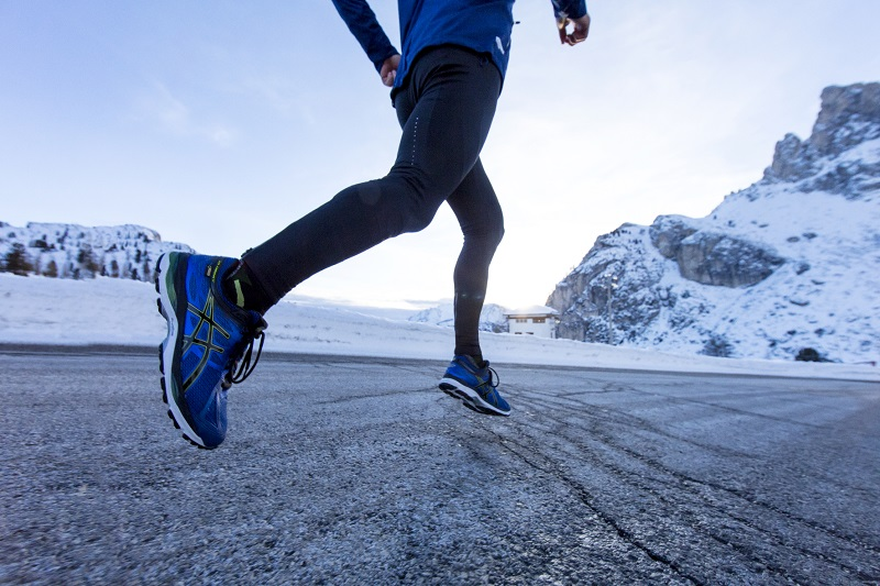 Run Through Winter With Asics Wiggle Guides