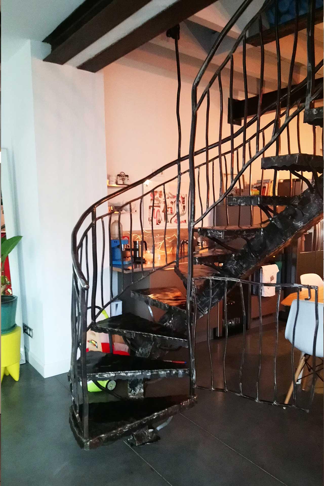 Escalier Métal Intérieur   Etude Et Fabrication Escalier Intérieur ...