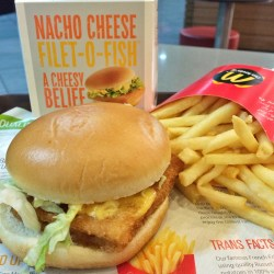 Terrific Mcdonald Singapore Nachos Cheese Fillet O Fish Box Singapore Nachos Thoughts On Air Nacho Fries Box Limited Time Nacho Fries Box Gone