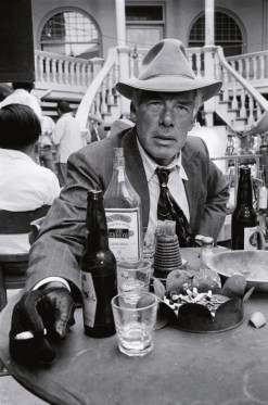 LEE-MARVIN-ON-THE-SET-OF-POCKET-MONEY-TUCSON-ARIZONA-1971-1-C24361E