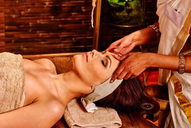 ayurveda-massage-therapy-kerala-india-big-1