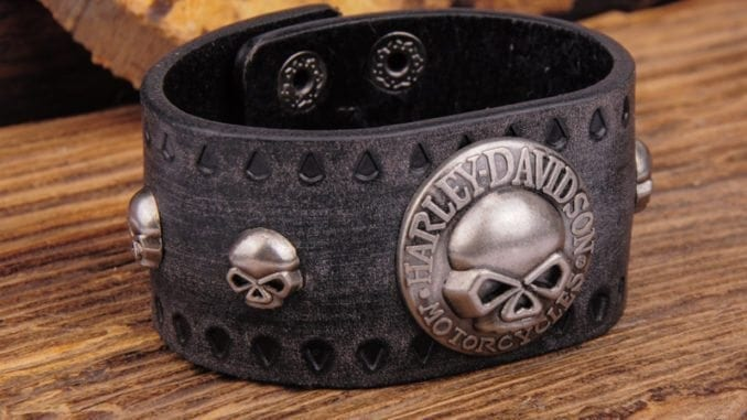 Leather Bracelets For Men Best Wristband Options To Look