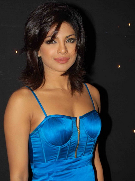 Desi Girl Image Wallpaper Priyanka Chopra Haircut