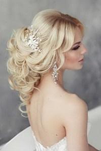 Hairdos for a wedding