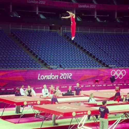 Free Snow Falling Wallpaper Rosie Maclennan Jason Burnett Cdn Champions Gymnastics