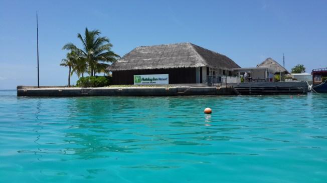 Kandooma Resort