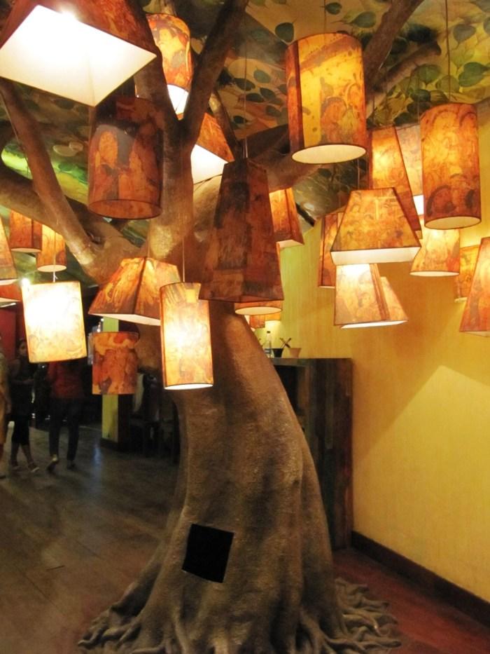 Lamp Tree | Kingdom of Dreams