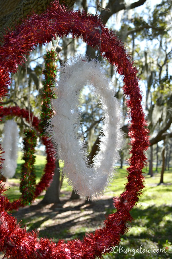 how to make large christmas decorations - Rainforest Islands Ferry - large christmas decorations