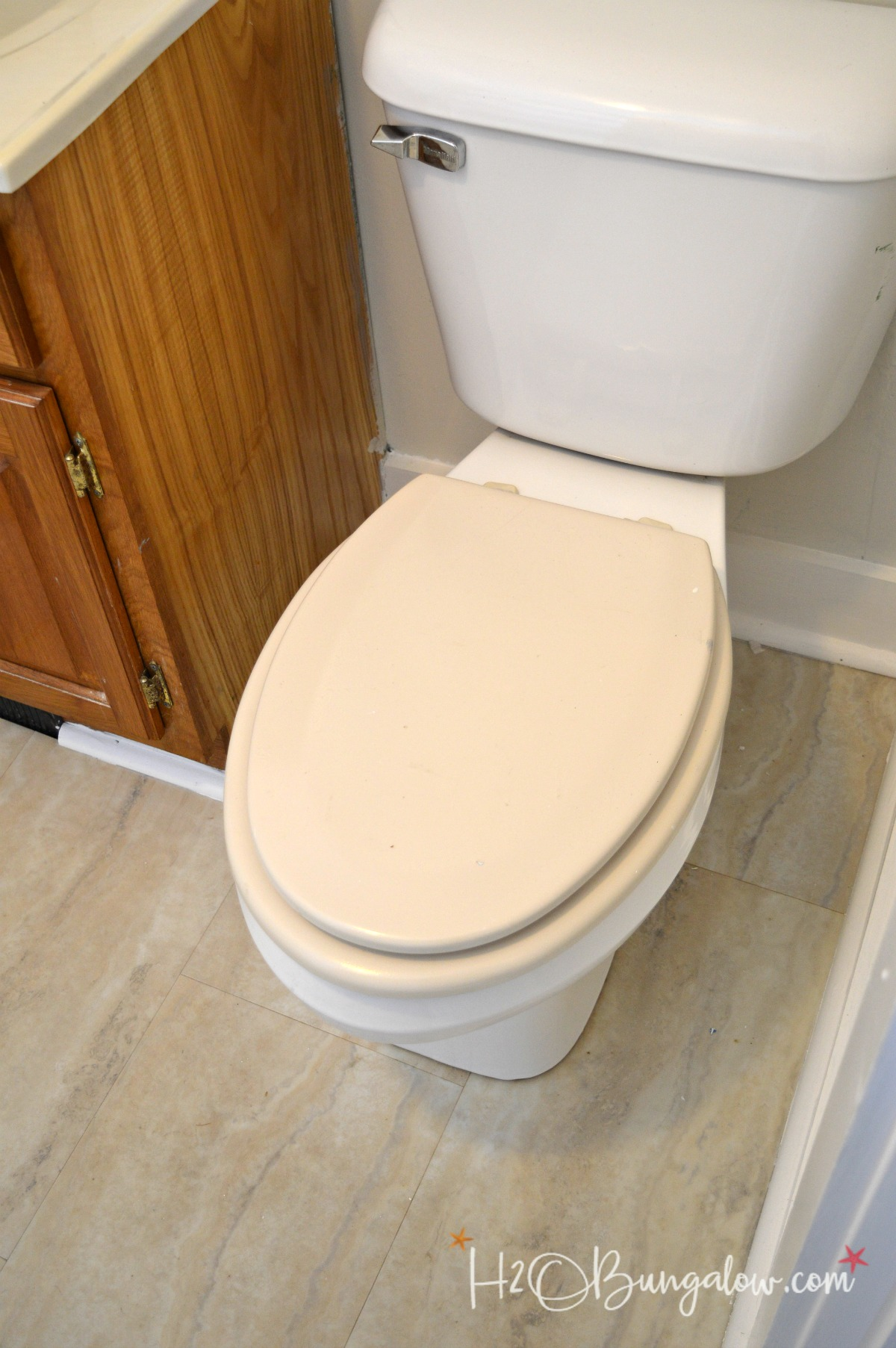 Install A Toilet How To Install A Slow Close Toilet Seat H2obungalow