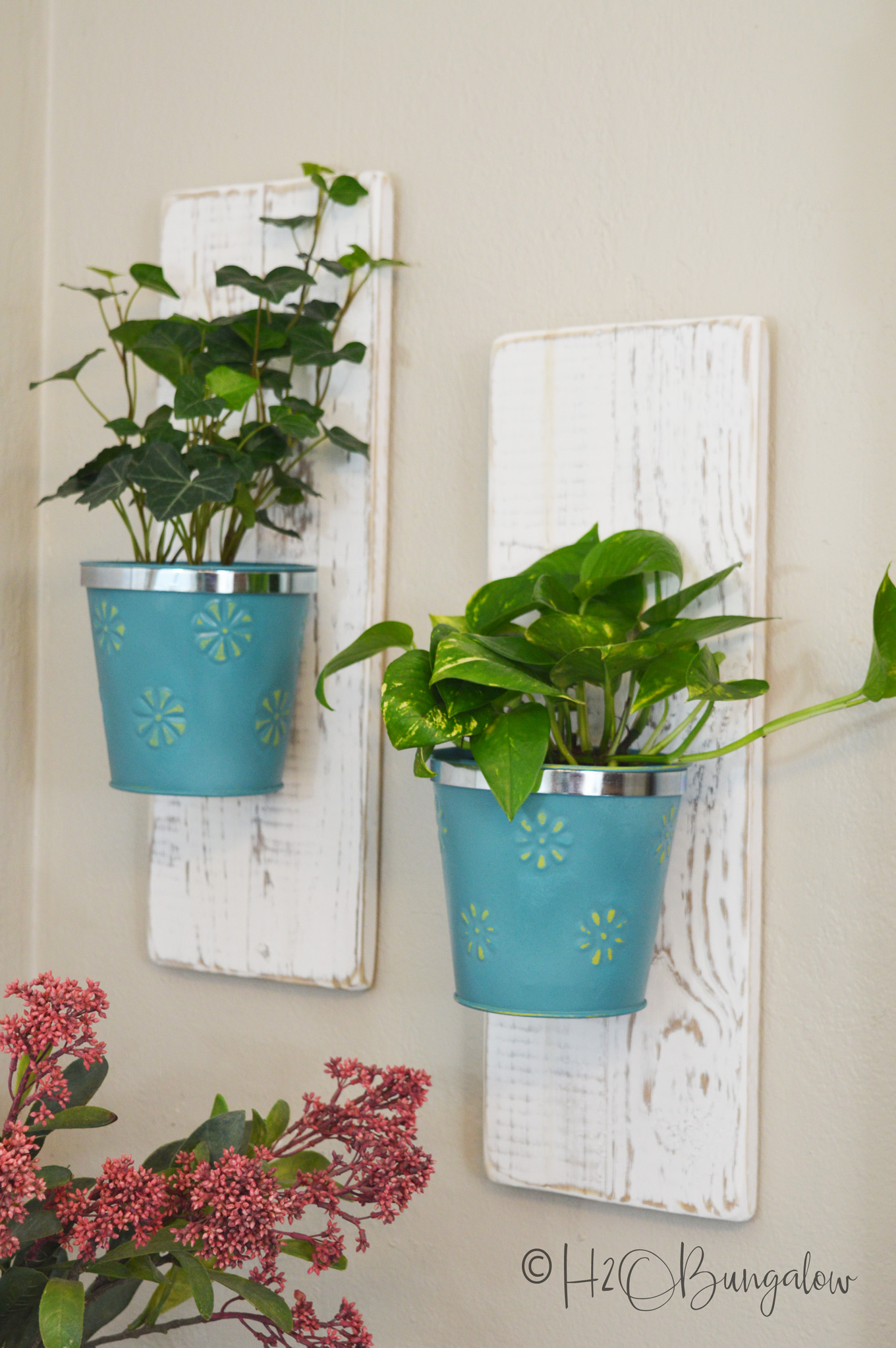 Wall Hanging Plants Such A Pretty Use Of Dollar Store Flower Pots Perfect For