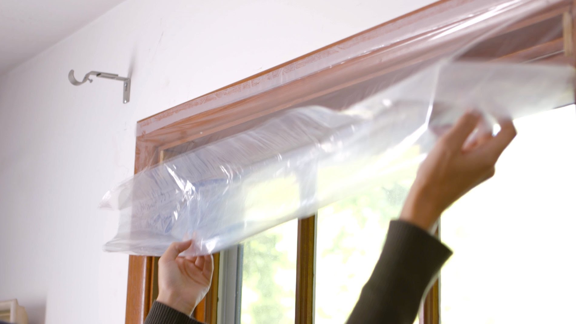 Insulate Your Home To Save Money Energy Stratagem - Window Plastic Insulation