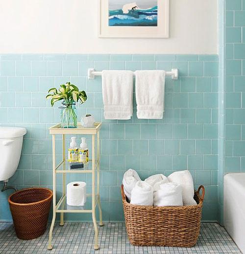 Peinture carrelage salle de bains  rénovez vos murs rapidement - Repeindre Du Carrelage De Salle De Bain