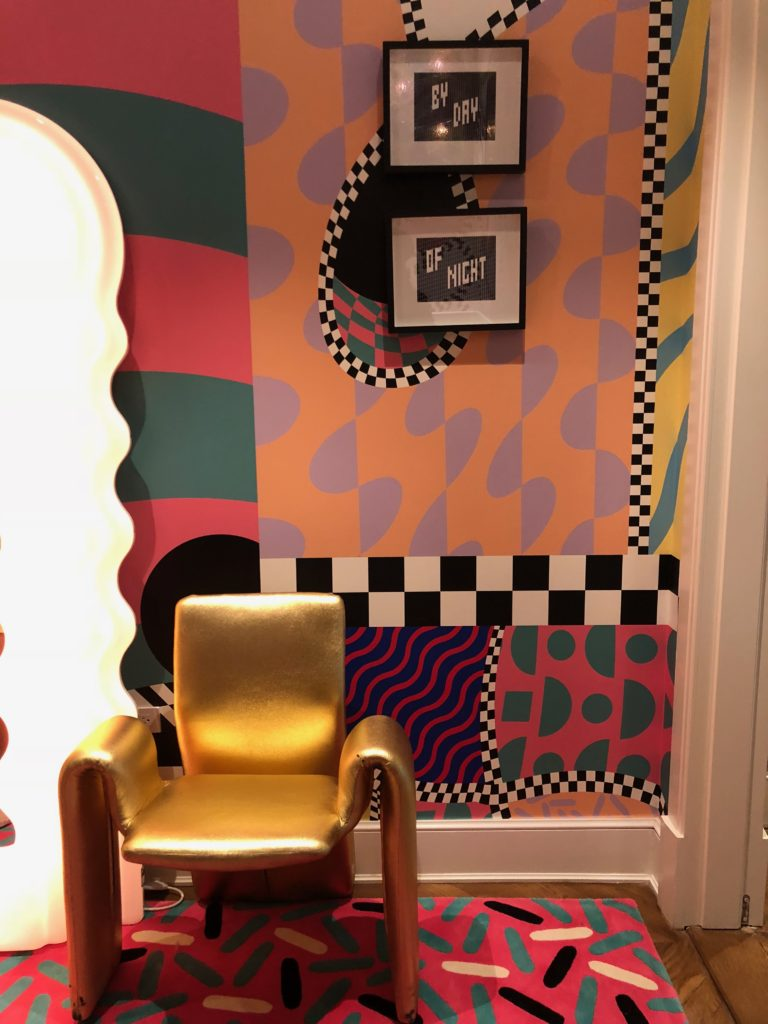 Happy Fall Wallpapers Habitually Chic 174 187 Color Me Happy Staircase By Sasha Bikoff