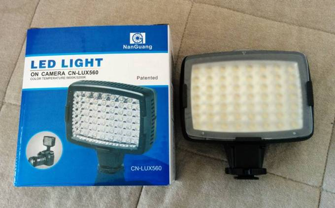 Camera-LED-Light_1