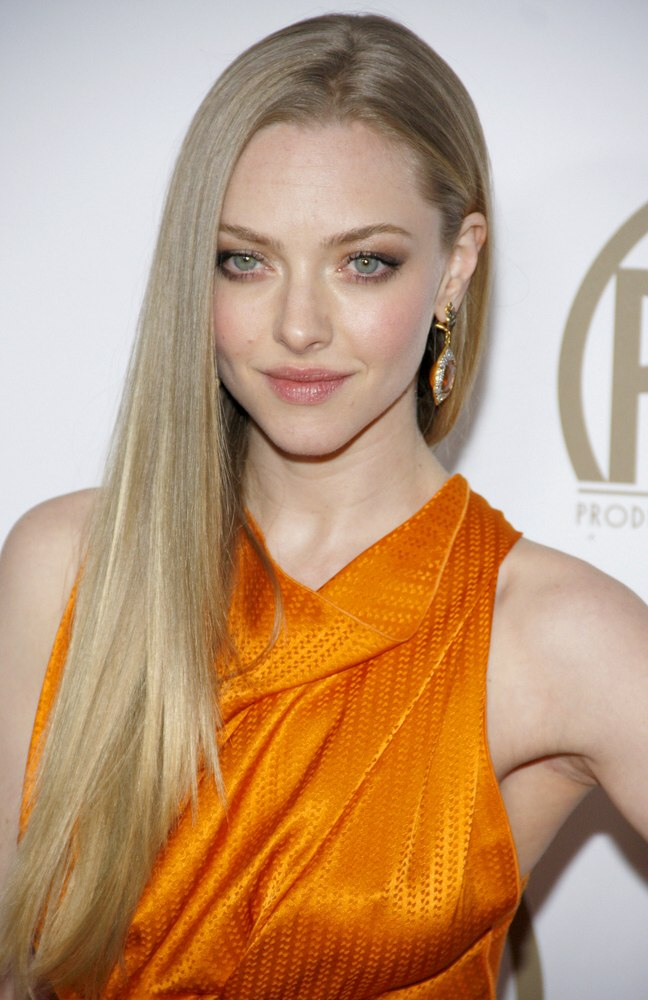 Black Hairstyles With Short Hair Amanda Seyfried 39;s Super Smooth Long Golden Blonde Hair And
