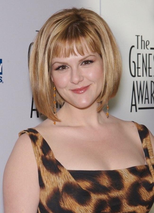 Bob Hairstyles The Back View Sara Rue 39;s Bob Hairstyle With Gradually Longer Sides Cut