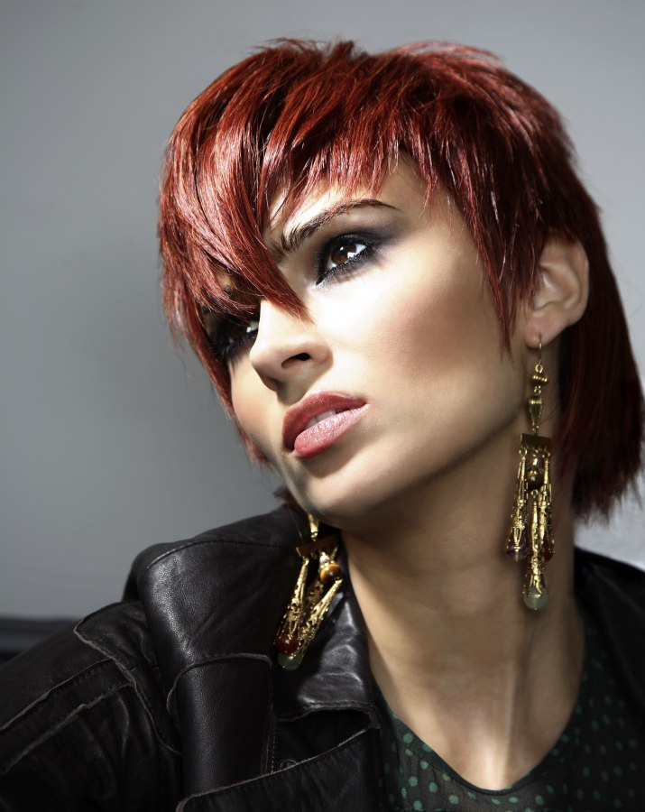 Straight Hair Cutting Video Short Hairstyle With Elements Of Punk And A Long Neck Area