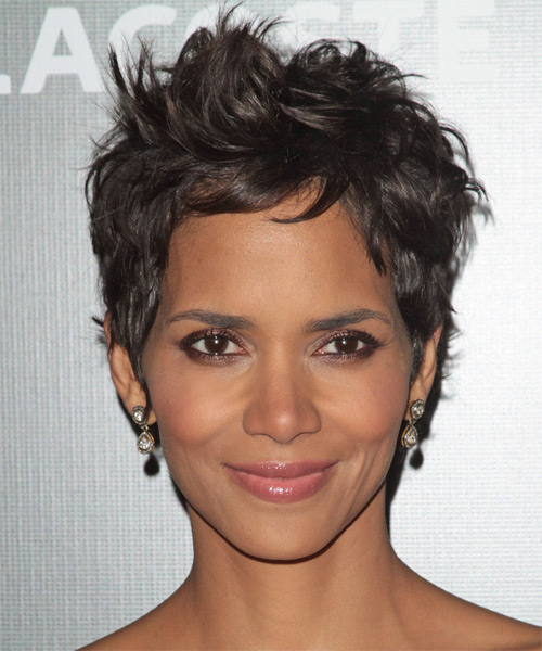 Haircuts For Guys Over 60 Halle Berry Short Straight Casual Hairstyle Dark