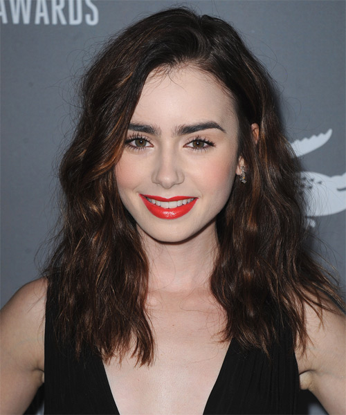 Medium Length Hairstyles Parted In The Middle Lily Collins Hairstyles Hair Cuts And Colors