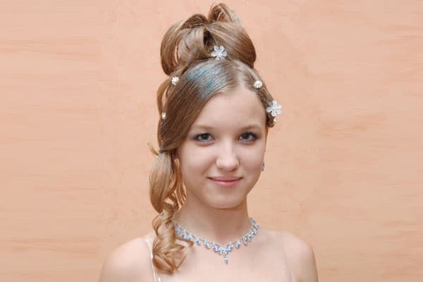 Layered Hair Problems 5 Pretty Quinceanera Hairstyles