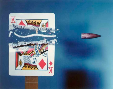 Harold Edgerton. Cutting the Card Quickly.