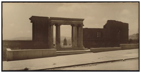 Willard Worden. The Portals of the Past (Ruins of the Towne Residence, California Street), 1906