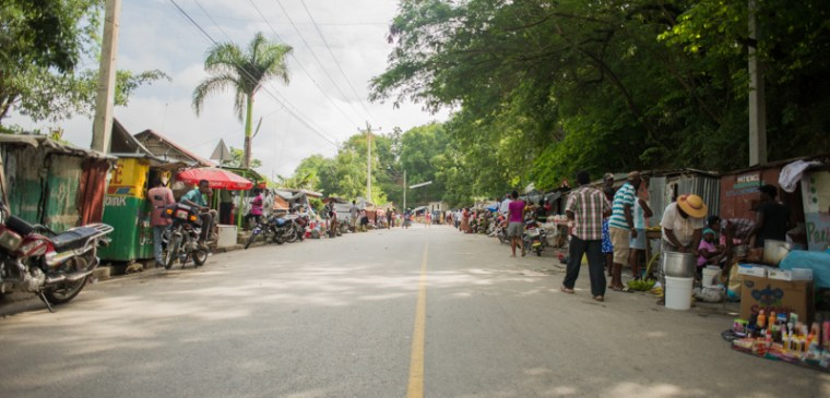 Cange Market Early Morning
